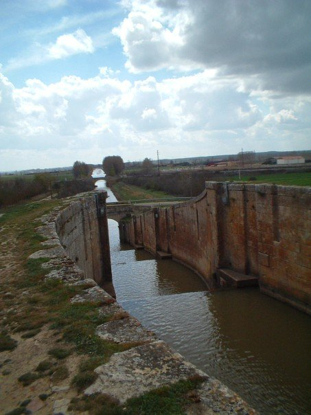 The canal at Frómista